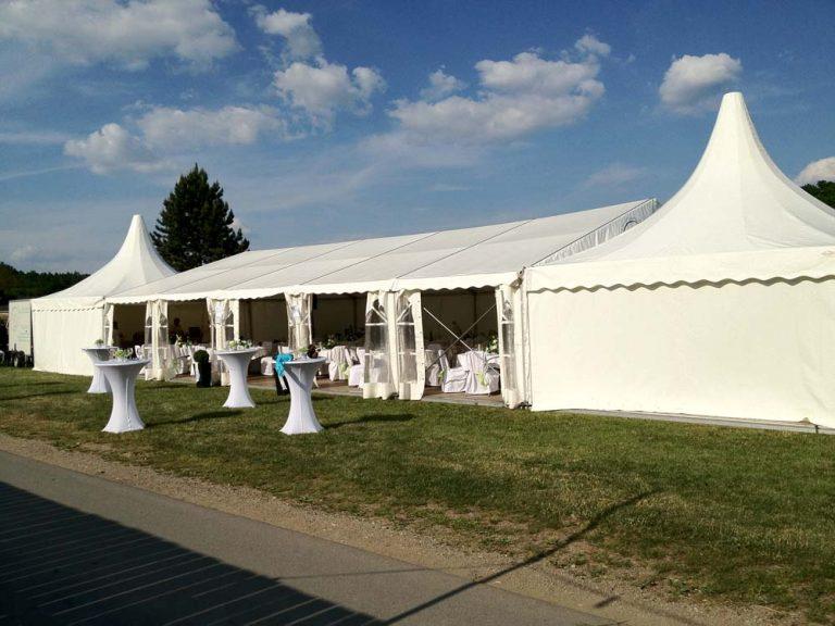 Zelte mit Stehtischen - Party-Service Rohringer